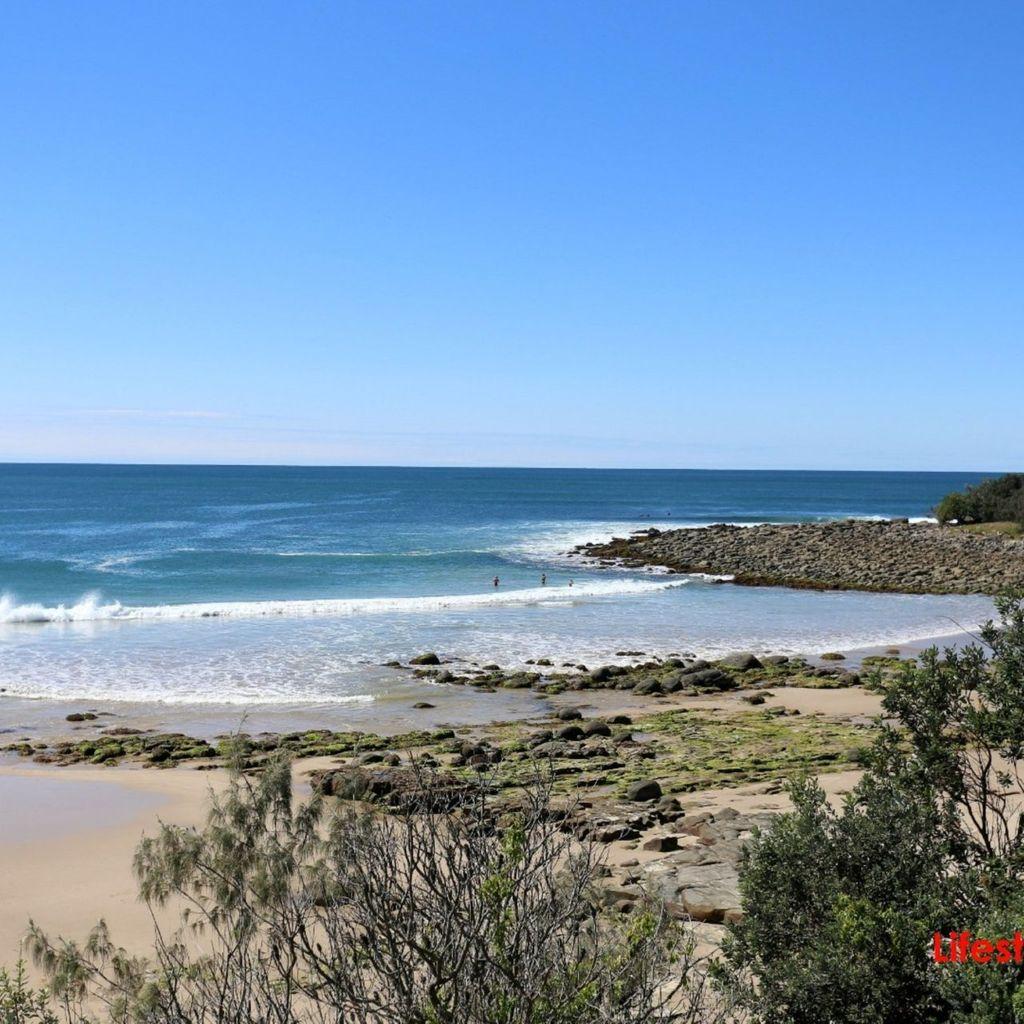 Angourie Blue 1 - walk to pristine beaches