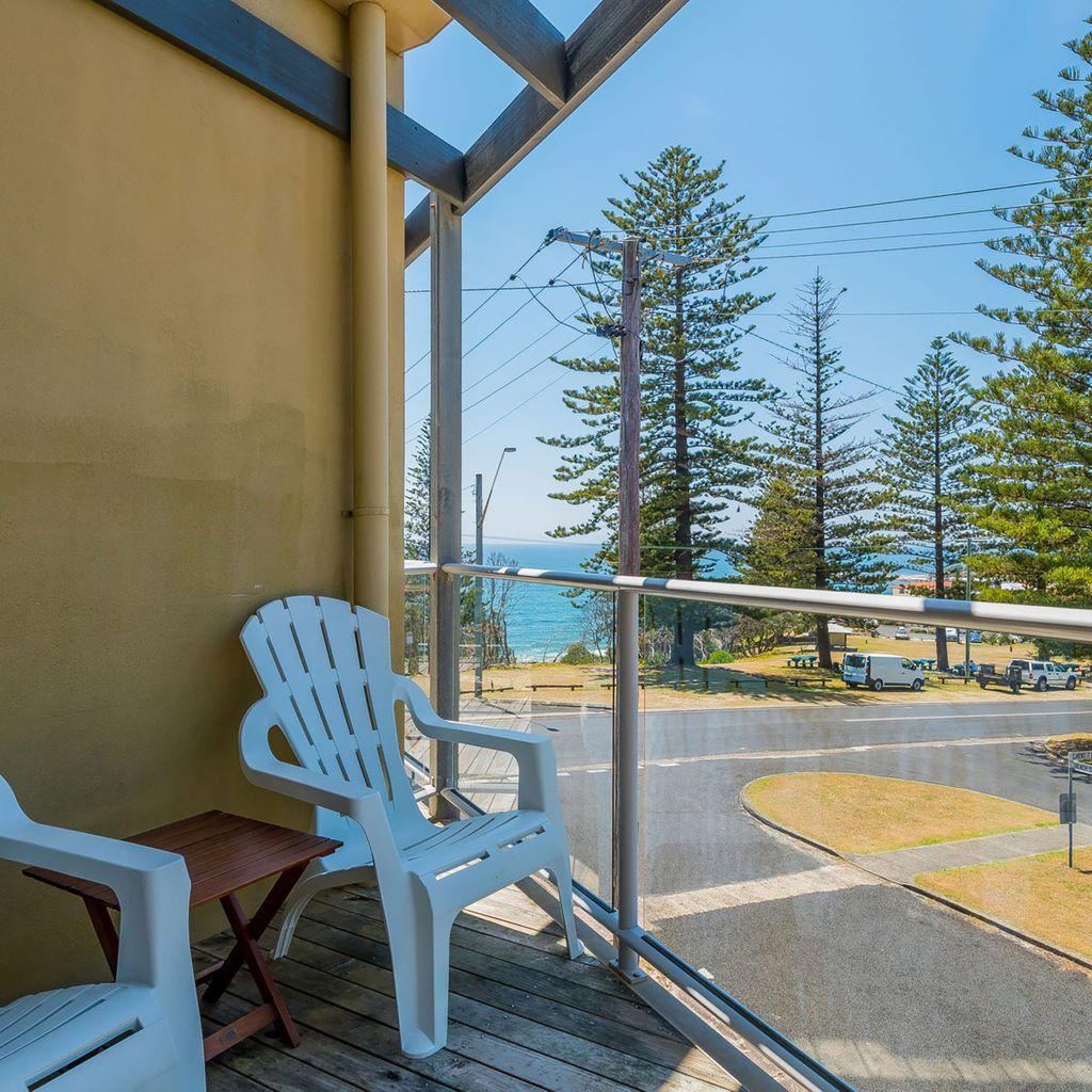 Seaspray Unit 2 -  Views Over Main Beach