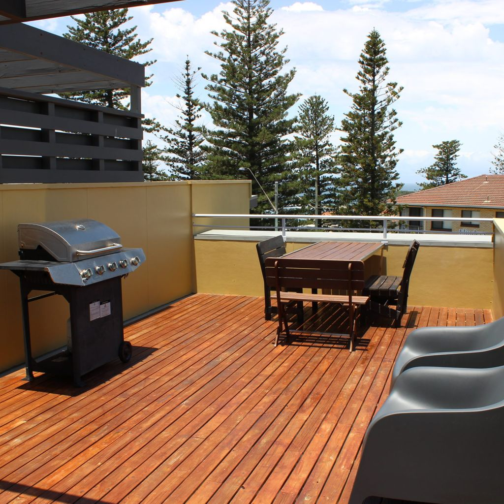 Seaspray Unit 7- Roof top Viewing Area With BBQ