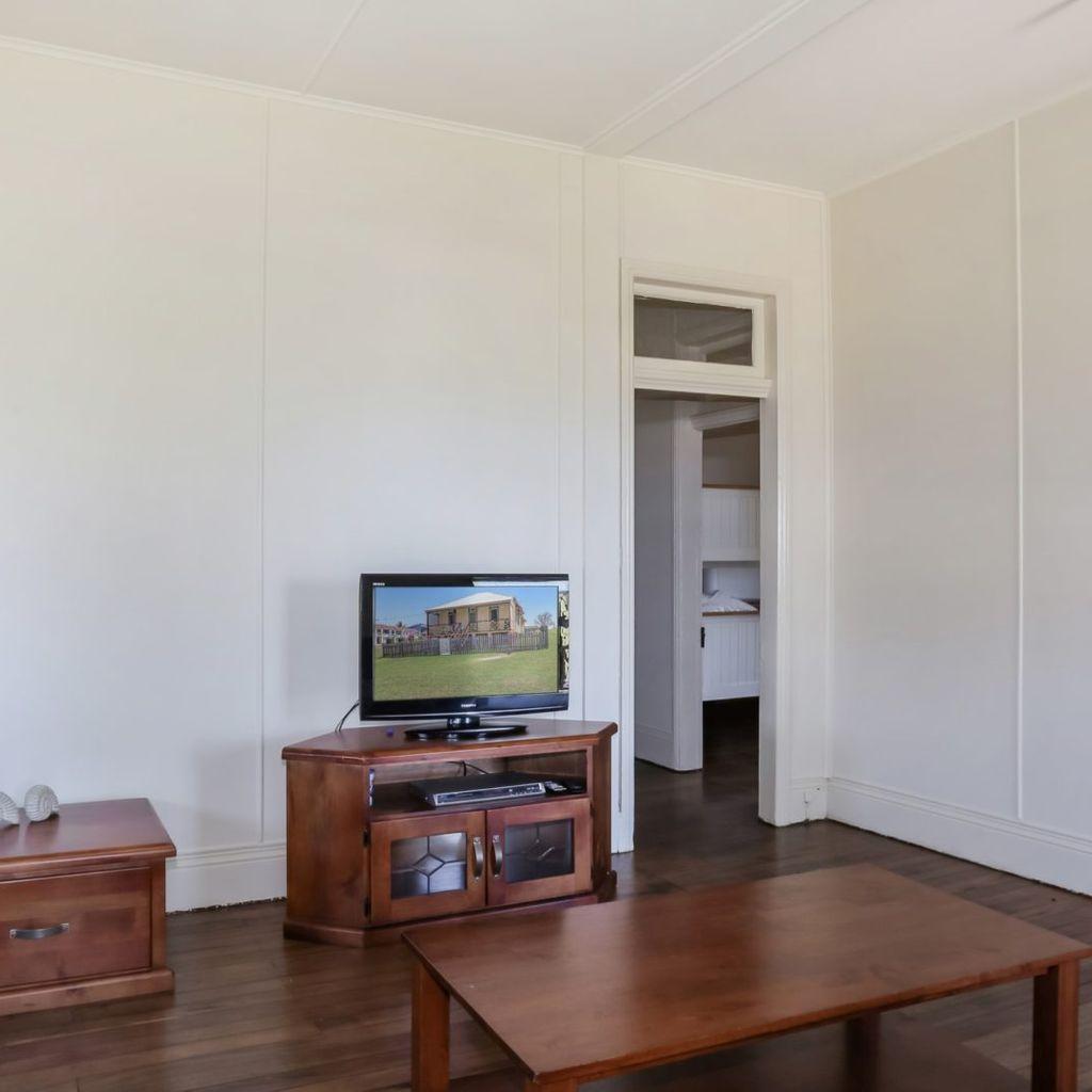 Yamba Pilot Cottage 1 - When location Is Key - Pet Friendly
