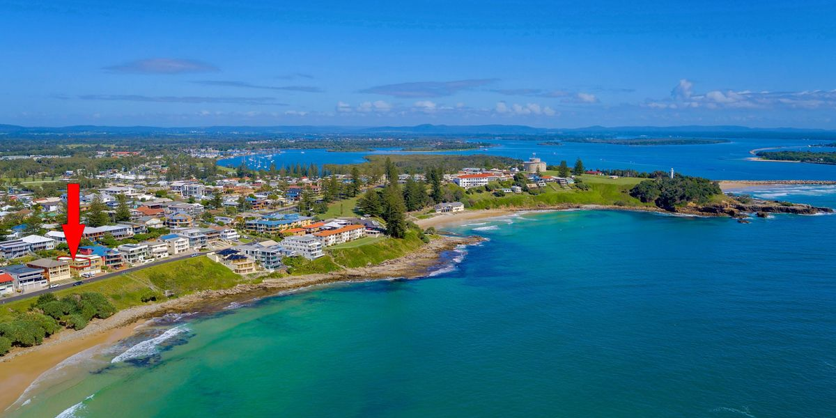 Avalon 3 views to die for first national yamba for Pool builders yamba