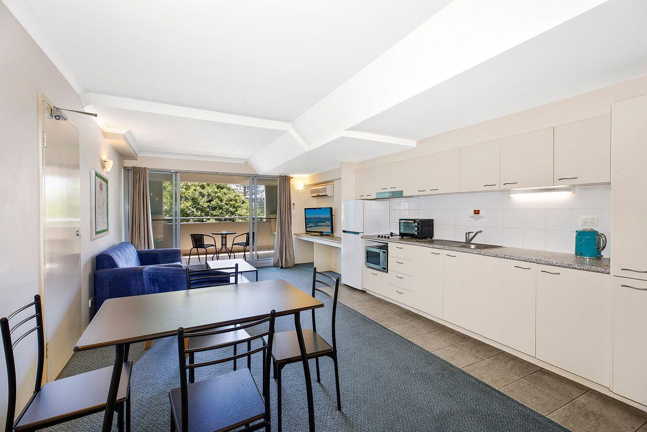 waldorf-apartment-304