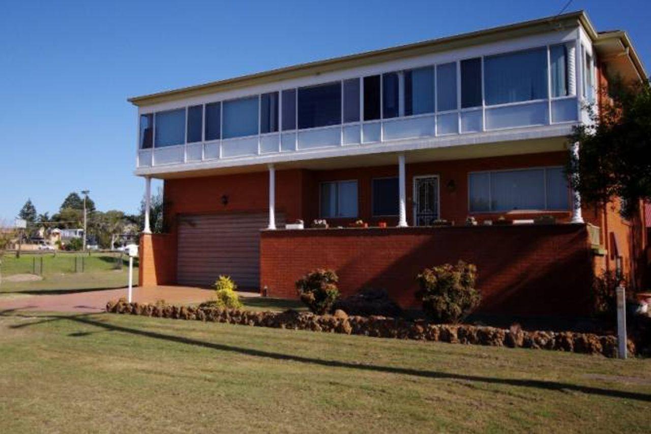 bungary-house