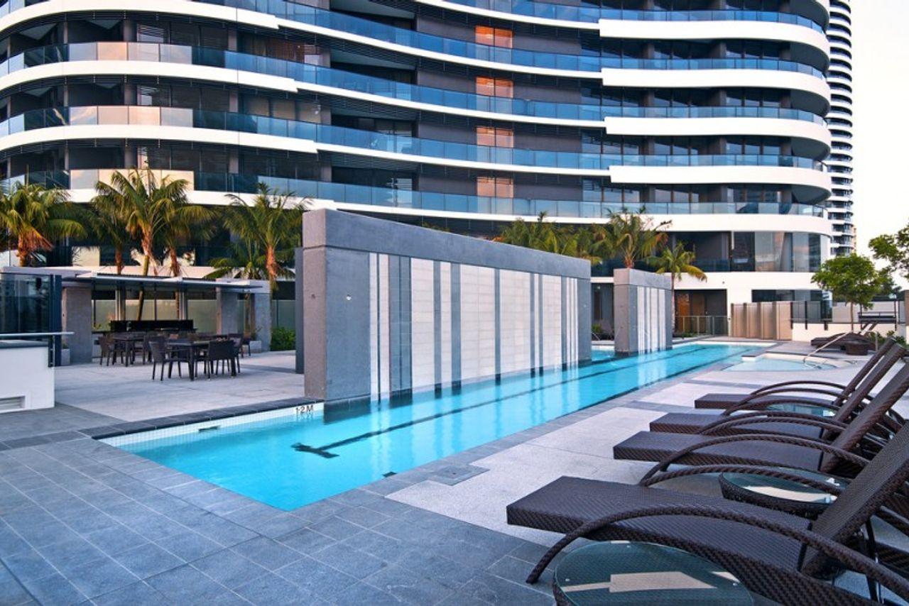oracle-sleek-stylish-2-bedroom-ocean-view