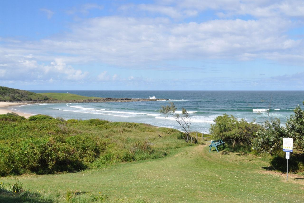 blue-pacific-1-across-the-road-from-pippi-beach