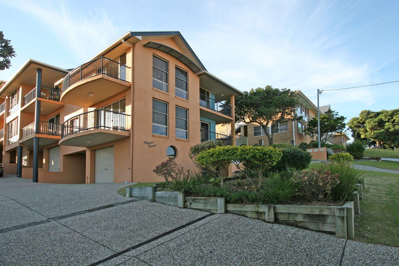 phoenix-terrace-large-townhouse-in-yamba