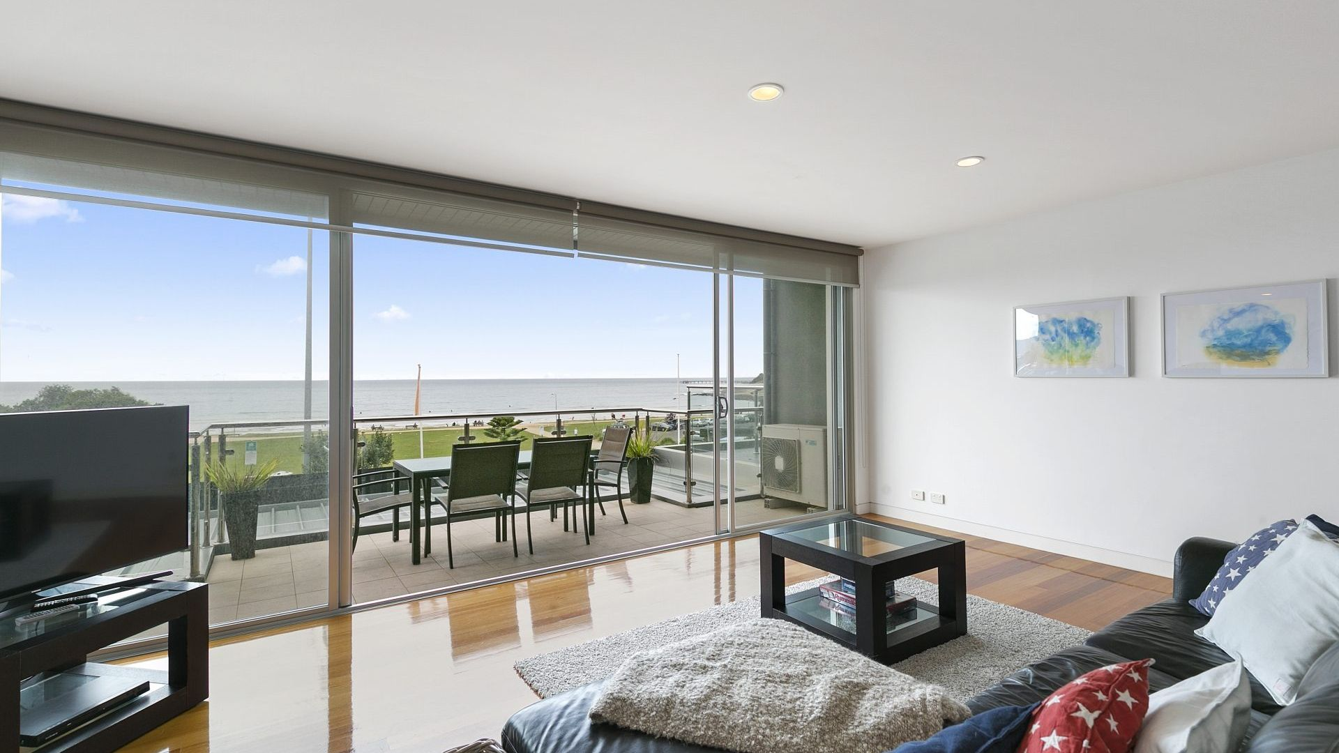 Louttit Bay Apartment 1