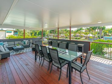 Finlay's Retreat – Pet Friendly fully fenced back yard House – Yamba