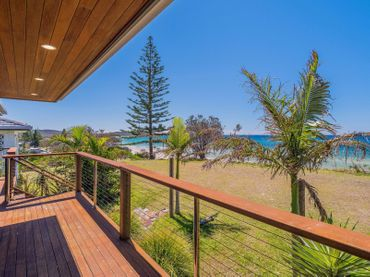 Pacifica 1 – On the beach at Brooms Head Comfort and style – Cool breezes