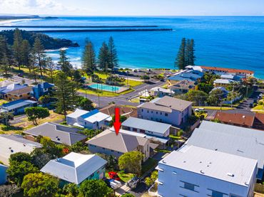Seagrass Unit 2 Henson Lane – Available Christmas Week