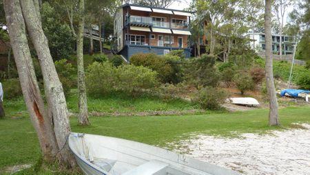 Green Point Lakehouse