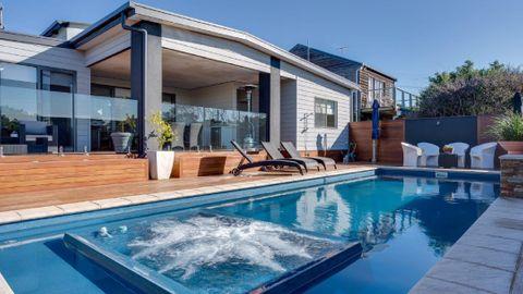 Luxury on Tasman