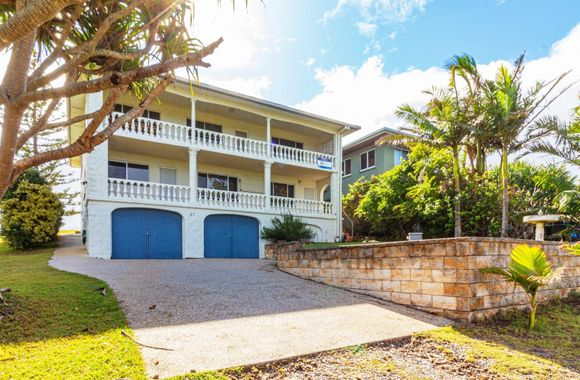 Offshore – Beach House suitable for all the family – Views and sea breezes