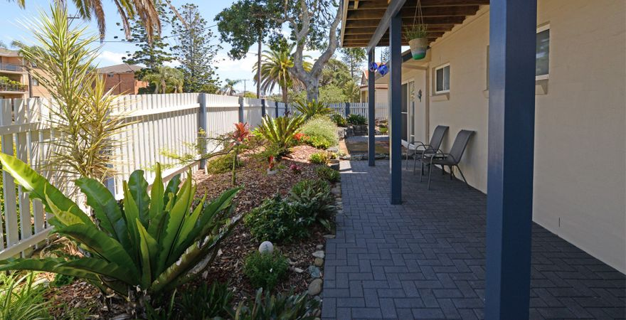 Tokelau Townhouse 1 – Central Tuncurry Location!