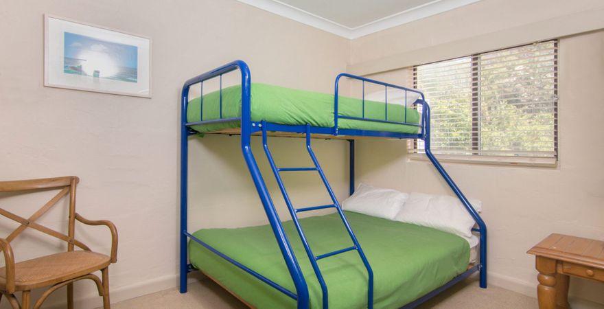 Blueys Beach Villa Manyana 02 – Middles